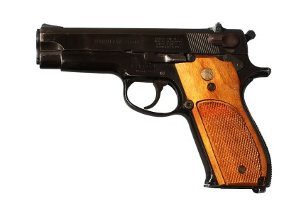 Smith & Wesson Model 39